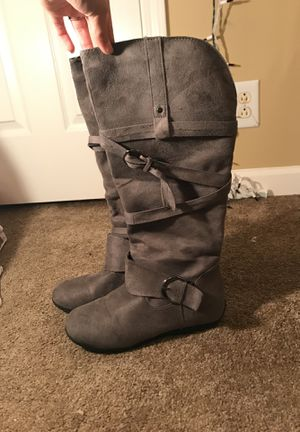 Grey Boots for Sale in Smyrna, TN