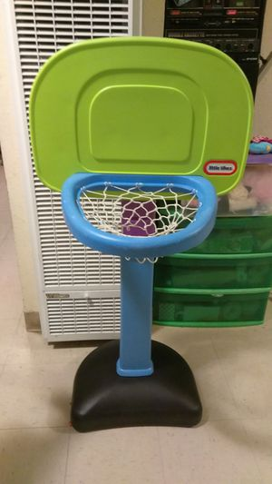 Baby to toddler to kids basketball court 🏀 for Sale in San Diego, CA