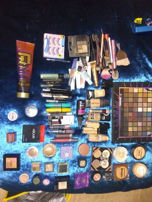 Assorted makeup everything eye shadow,brushes, eye liner,and much more for Sale in Williamsburg, VA