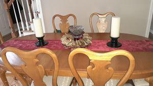 Beautiful oak dining room set for Sale in Wheaton, IL