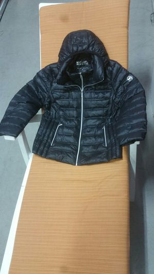 Michael Kors womans hooded packable down jacket size Xl for Sale in Norfolk, VA