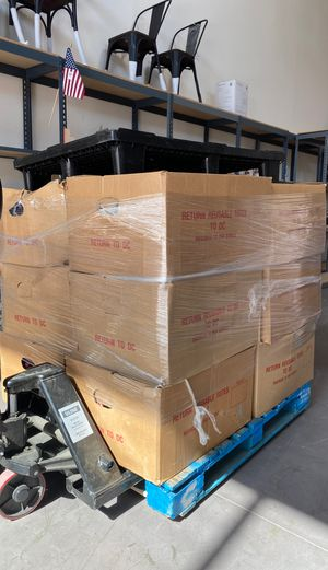 NORDSTROM HALF PALLET 12 BOXES 300+ PIECES for Sale in West Covina, CA