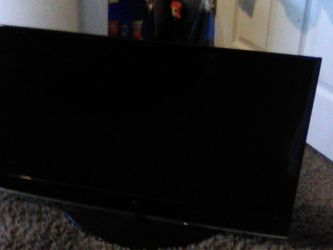 "32"" Almost new T.V. for Sale in West Valley City,  UT"