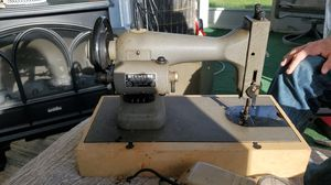 Sewing machine.. for Sale in Clearwater, FL