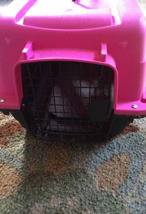 Pink dog kennel for Sale in Nashville, TN
