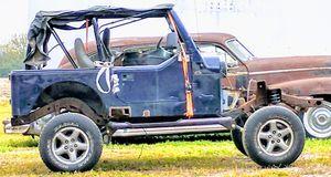 1997 Jeep Wrangler w/title for Sale in Crete, IL