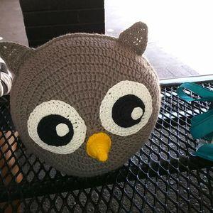 Crochet Owl Pillow for Sale in Pico Rivera, CA
