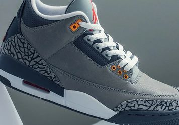 Jordan 3 Cool Gray Size 11 for Sale in Bothell,  WA