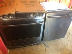 Stove and dishwasher for Sale in Houston, TX