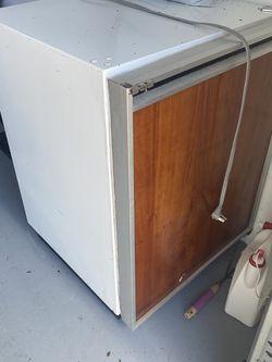 Mini Fridge for Sale in Deltona,  FL