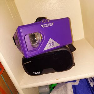 2 VR Headsets Black And Purple for Sale in Grand Prairie, TX