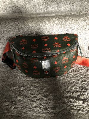 Waist bag for Sale in Woodlawn, MD