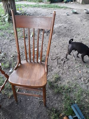 Kitchen chairs not matching $5 each for Sale in Wakonda, SD