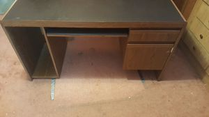 Computer Desk for Sale in Shelby charter Township, MI