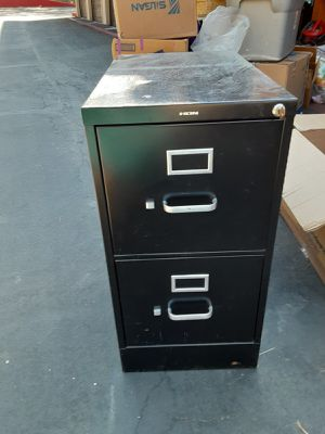 File cabinet with key for Sale in Temecula, CA