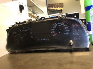 Factory gauge cluster and brake controller for 05-07 super duty for Sale in Trenton, NJ