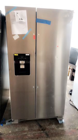 WHIRLPOOL STAINLESS STEEL REFRIGERATOR NEW WITH WARRANTY. NEVERA STAINLESS STEEL NUEVA CON GARANTÍA for Sale in Hialeah, FL