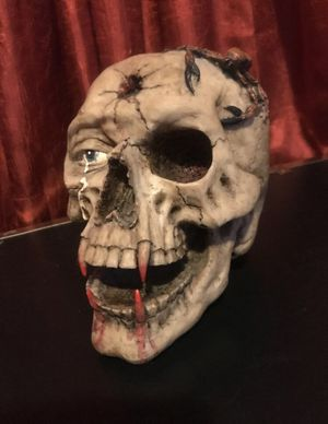 Skull with Fangs & Scorpion - Statue Figure Halloween Decor Collectible for Sale in Spokane Valley, WA