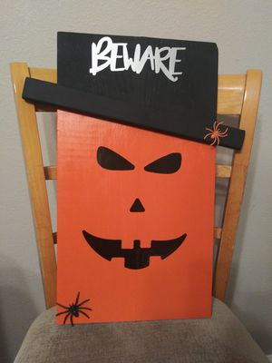 Wooden Halloween Sign for Sale in Grand Prairie, TX