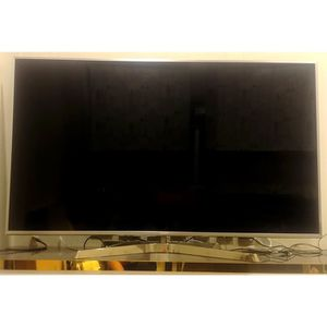 "Panasonic Tv 65"" for Sale in Tucker, GA"