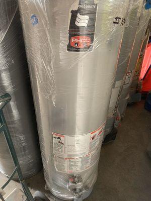 Water heater 40 galones 6 meses de garantía for Sale in Vernon, CA