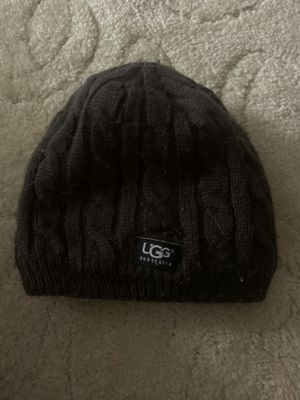 WOMENS BROWN UGG BEANIE HAT for Sale in Parma, OH