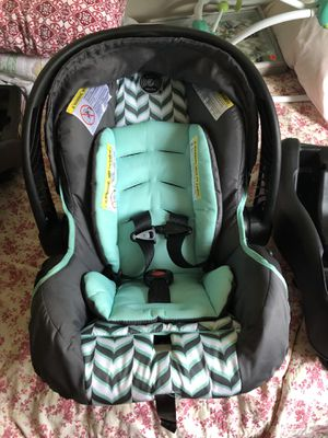 Evenflo car seat for Sale in Archdale, NC