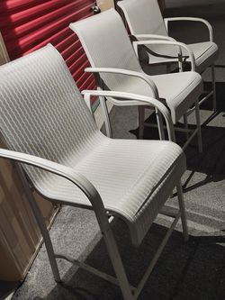 THREE LARGE LAWN CHAIRS LIKE NEW-PENDING for Sale in Franklin,  IN