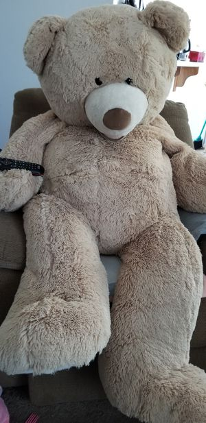 Giant teddy bear! $15 takes it. RHS Sober Grad Rummage now going on. for Sale in Reedley, CA