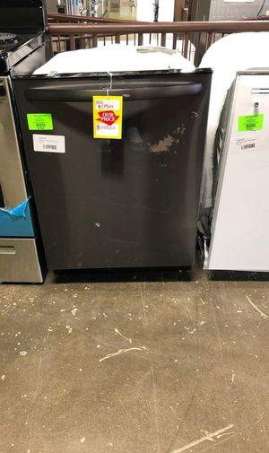 Frigidaire Dishwasher (Model:FFID2426TD) 6WDU for Sale in Mesquite, TX