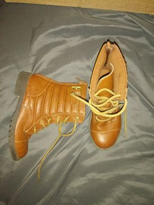 Self steem toddler boots size 12 for Sale in San Marcos, CA