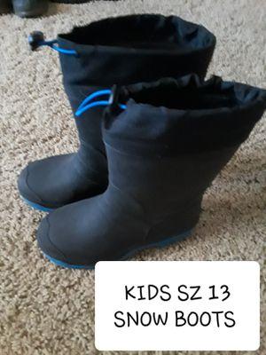 Kids size 13 snow boots for Sale in Surprise, AZ