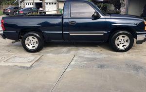 Chevy Silverado LT 1500 for Sale in Porterville, CA