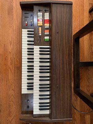 Technics E10L e-organ keyboard for Sale in Brooklyn, NY