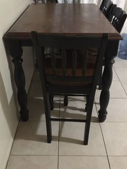 Wood Table With 6 Chairs And Attachment To Make Bigger $150 Or Obo for Sale in Ontario,  CA