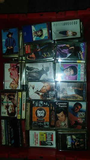 old school cassette music tapes for Sale in Cleveland, OH