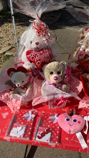 ❤️💕Valentines 🐻bears for sale💕❤️ for Sale in Gilroy, CA