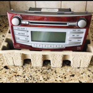 Toyota Camry 2010-2011 Head Unit for Sale in Hoffman Estates, IL