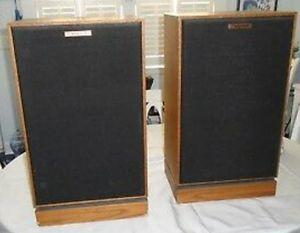 Klipsch KG4 speaker for Sale in North Providence, RI