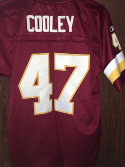 Reebok Chris Cooley Washington Redskins Football Jersey Youth Large +2 Stitched Pre-owned Please see photos for Sale in Fairfax Station,  VA