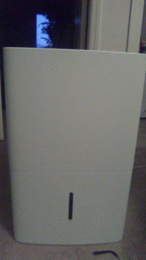 """General Electric Dehumidifier""""Amazon.com - GE ADEL50LW 50 pt. Dehumidifier, Energy Star copy and past -"""" for Sale in Saint Charles, MO"""