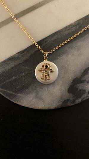 Freshwater pearl hamsa handmade necklace for Sale in Beverly Hills, CA