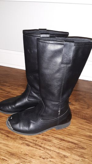 Girls sz 3 boots $2 for Sale in Columbus, OH