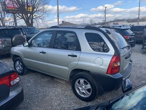 2006 Kia Sportage 4cyl manual for Sale in Westerville, OH