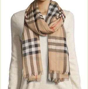 Burberry scarf like new for Sale in Norcross, GA