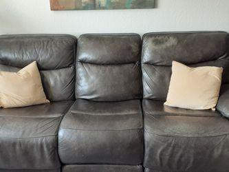 Leather Sofa for Sale in Orlando,  FL