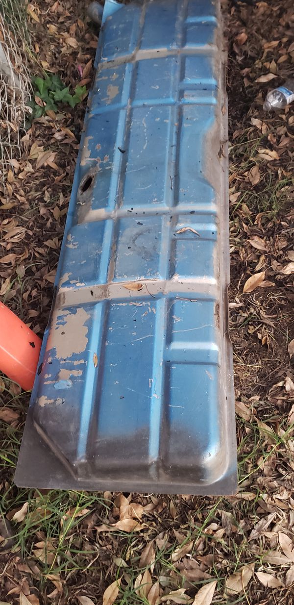 Parts of a old gas tank off a 1963 truck will fit 1963 to 1966 chevy and gmc gas tank and straps