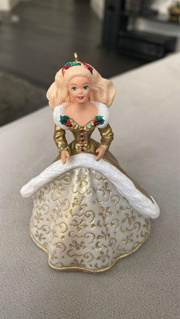 Hallmark Keepsake Holiday Ornament 1994 holiday Barbie ornament