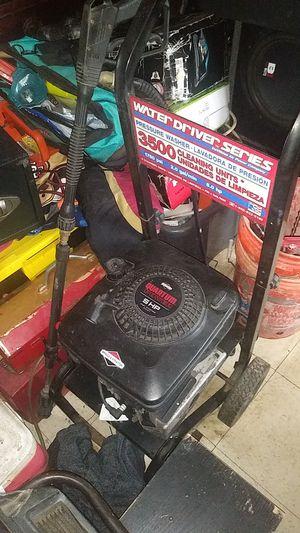 Briggs & Stratton pressure washer for Sale in Modesto, CA