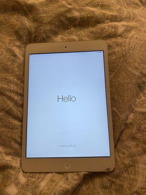 Apple iPad Mini 2 with WiFi 32GB Silver for Sale in Orange, CA